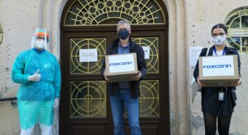Foxconn donated 10,000 safety masks to Nitra hospitals